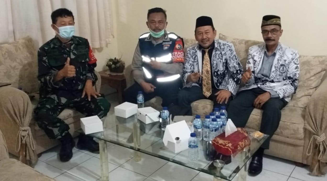 Ketua PGRI Hadiri Vaksinasi Ke 2 SMP PGRI 1 Cibinong